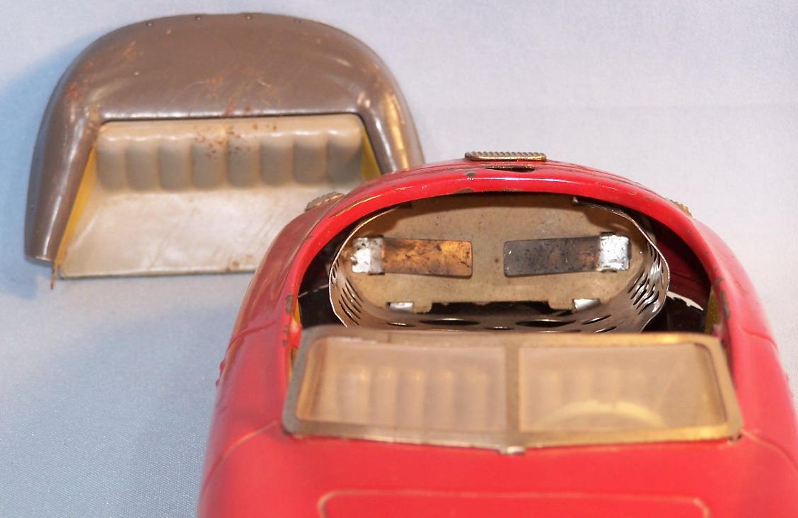 originale Kennzeichenbeleuchtung aus Blech Distler Porsche Ersatzteil